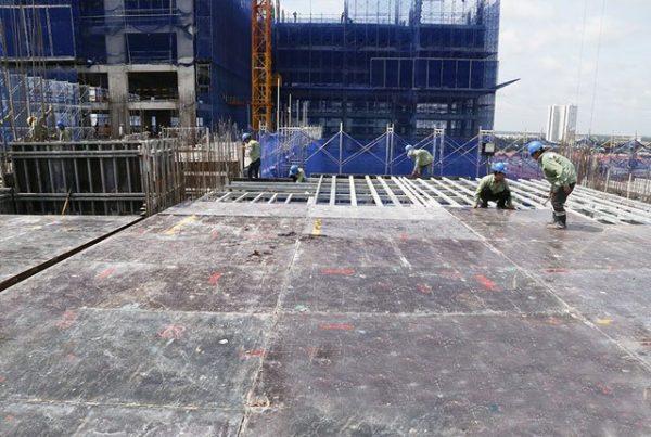 Thi công sàn tầng 10 Block Central dự án Saigon Mia