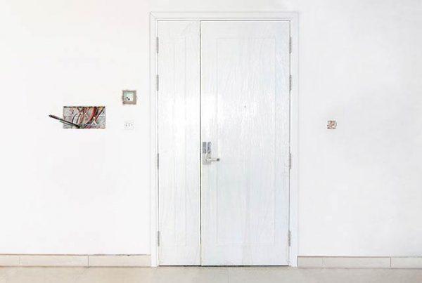 Lắp đặt cửa chính Block Southern tầng 7-20 căn hộ Saigon Mia
